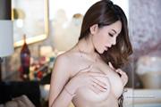 ZhaoWeiYi  thumb image 16.jpg