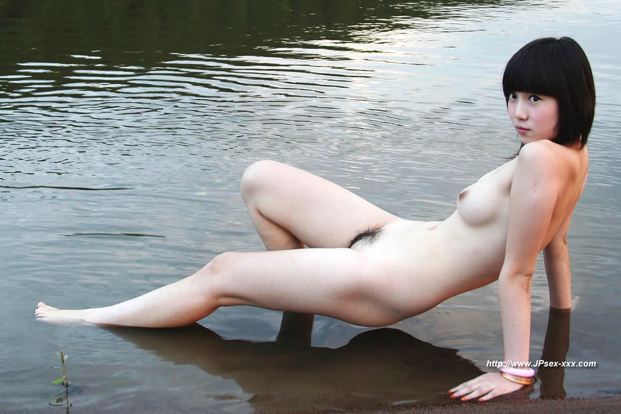 2 boob butt shoulder