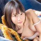 Hiyori Yoshioka 吉岡ひより thumb image