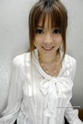 hitomi mochida 持田瞳 thumb image 01.jpg