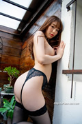 Amin Niina 新名爱明 thumb image 08.jpg