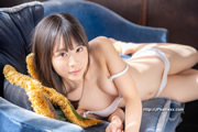 Hiyori Yoshioka 吉岡ひより thumb image 09.jpg