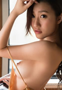 Mitake Suzu 美竹すず thumb image 03.jpg