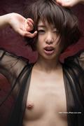 Nanami Kawakami 川上 奈々美 thumb image 05.jpg