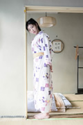 Matsuri Kiritani 桐谷ユリア thumb image 13.jpg