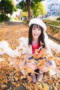 Yuna Ogura 小倉由菜 thumb image 01.jpg