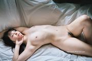 Yuna Ogura 小倉由菜 thumb image 11.jpg