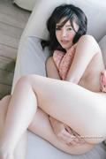 Yuna Ogura 小倉由菜 thumb image 04.jpg